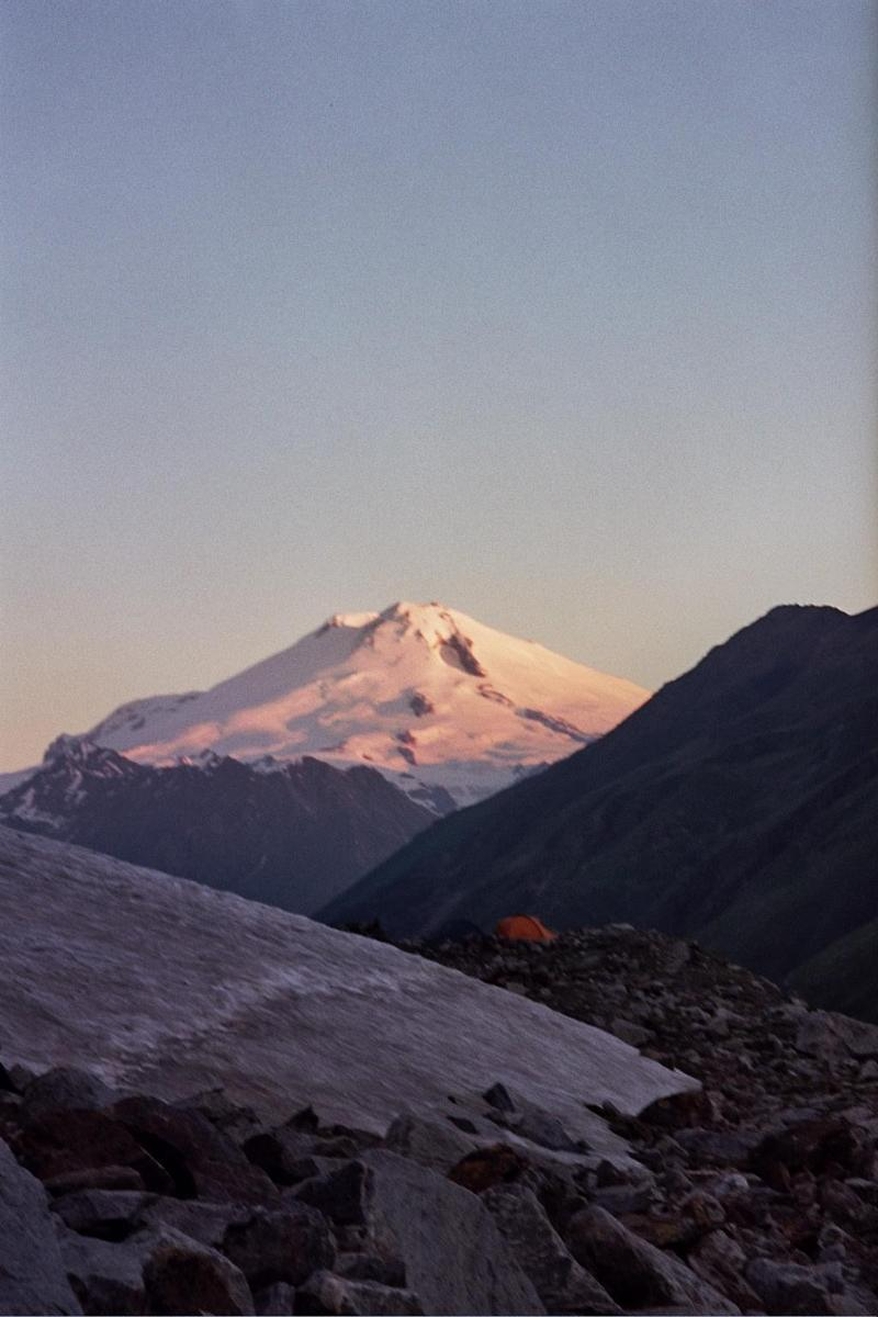 Foto di ELBRUS WEST AND EAST SUMMIT