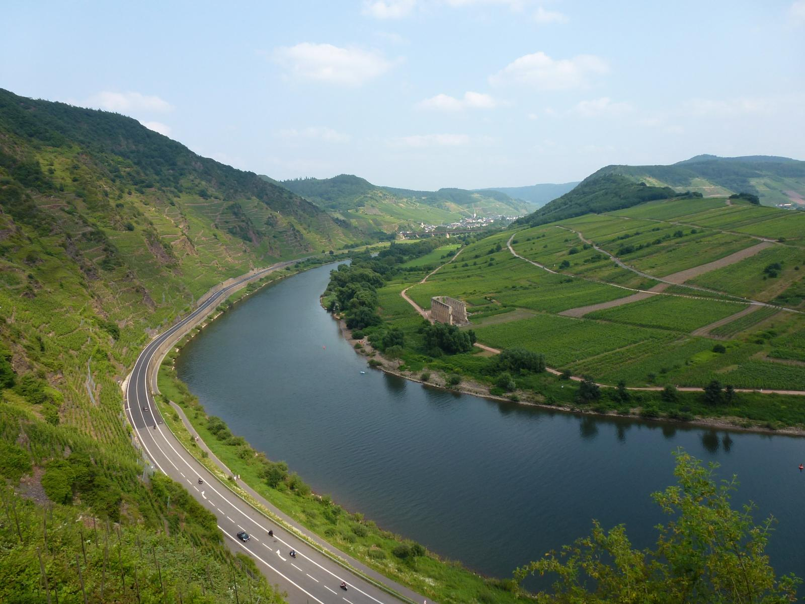 Photo of River Moselle: Calmont-Klettersteig - Calmont-Gipfelpfad (4.5hrs)