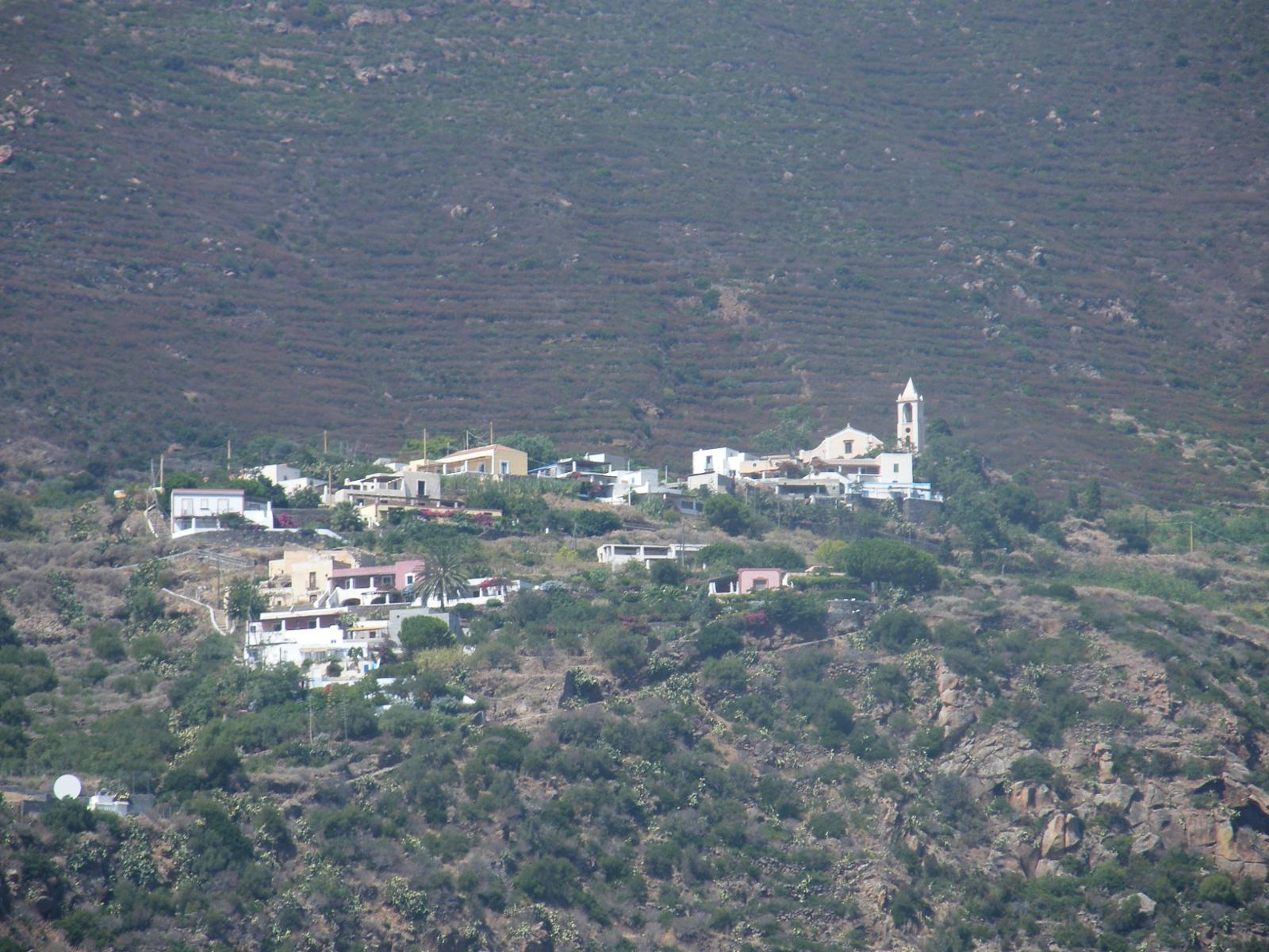 Photo of Isole Eolie: Filicudi