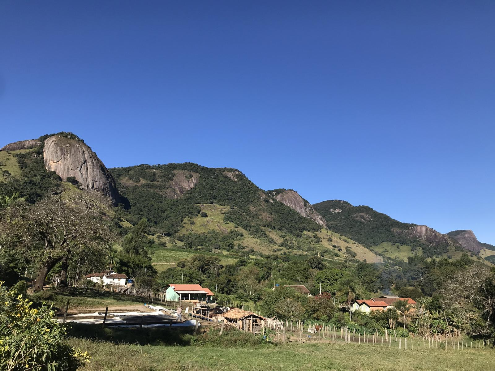 Photo of Pedra do Elefante (Ibitiura ao estacionamento)
