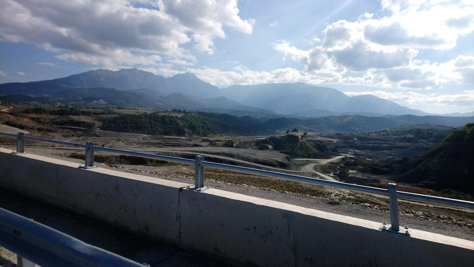 Foto af Patras - BI.PE. - Road111 with the new dam, Achaea 20181110