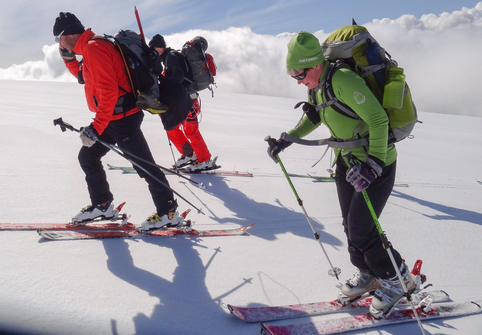 Foto de Backcountry skiing up and downSandfell Hvannadalshnukur 05-16-2014 15:11:17