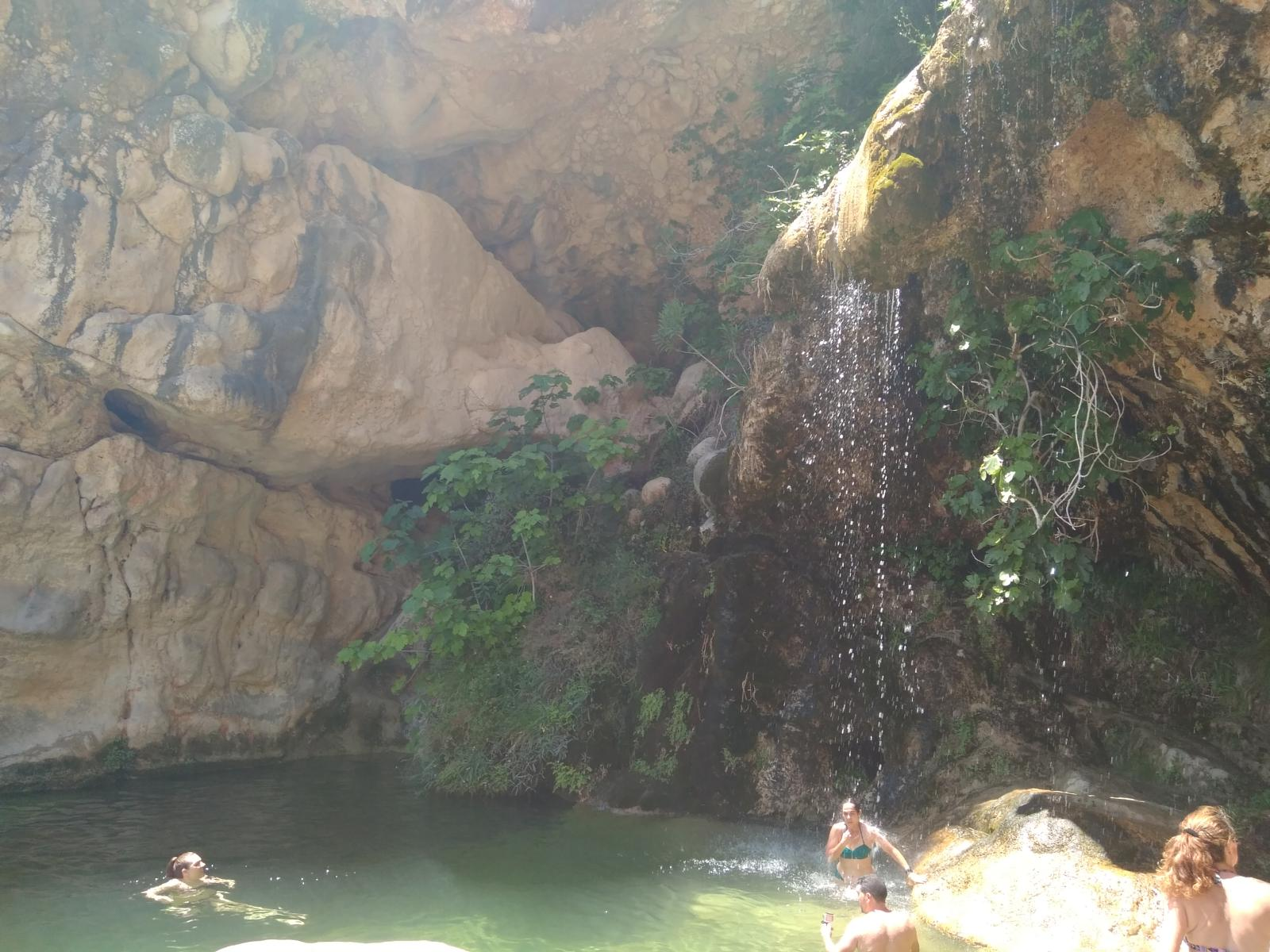 Photo of Cueva de las palomas y Cascada