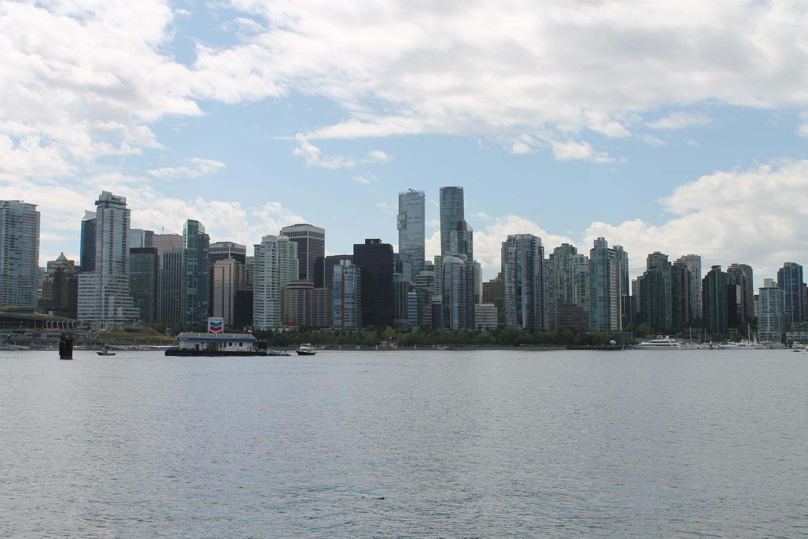 Слика од Vancouver BC - English Bay - West End - Canada Place - Coal Harbour - Stanley Park Bike Tour (Vuelta por Vancouver Downtown)