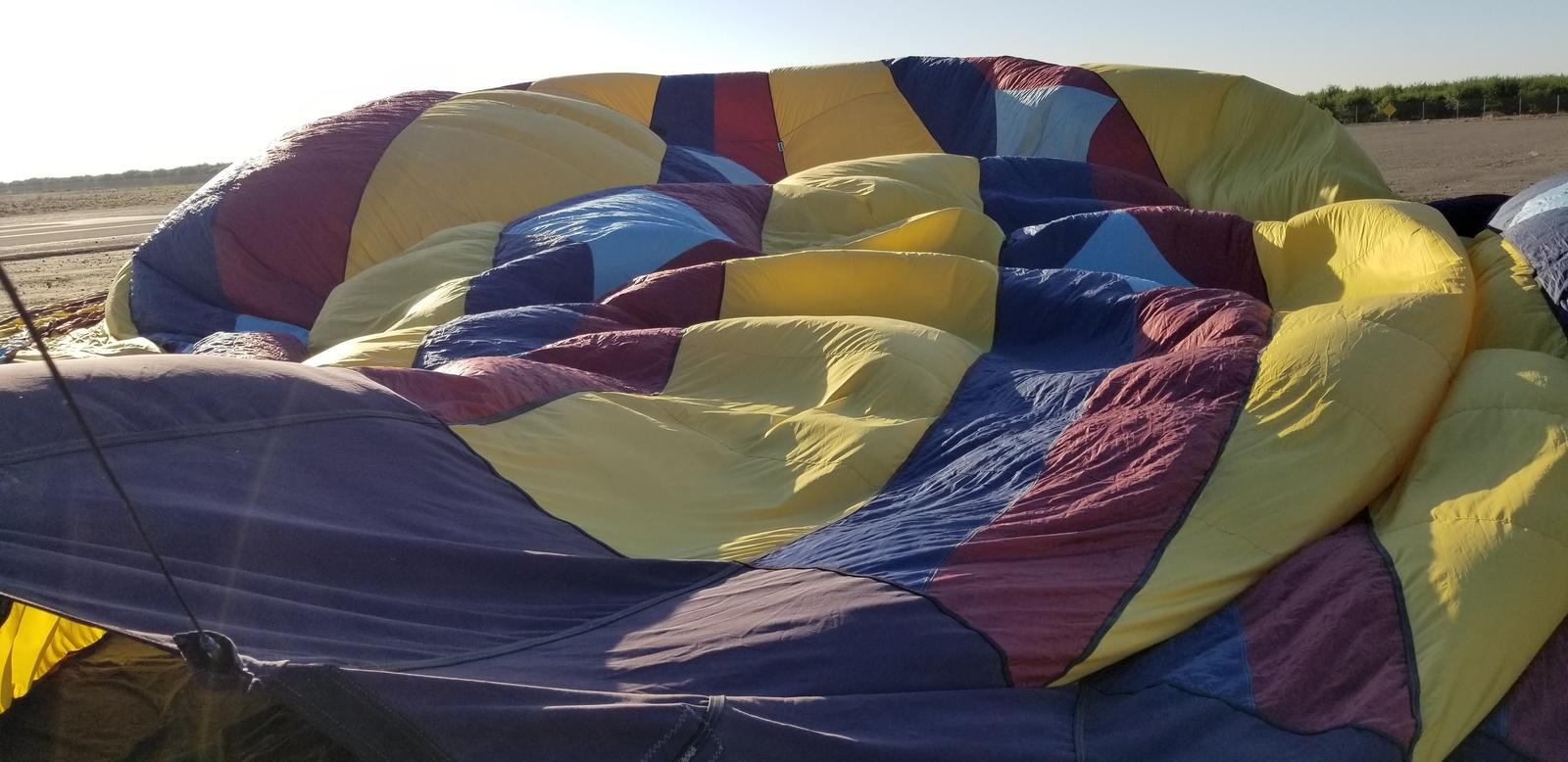 mynd af Jerusalem Airport outside of Tracy California hot air ballooning