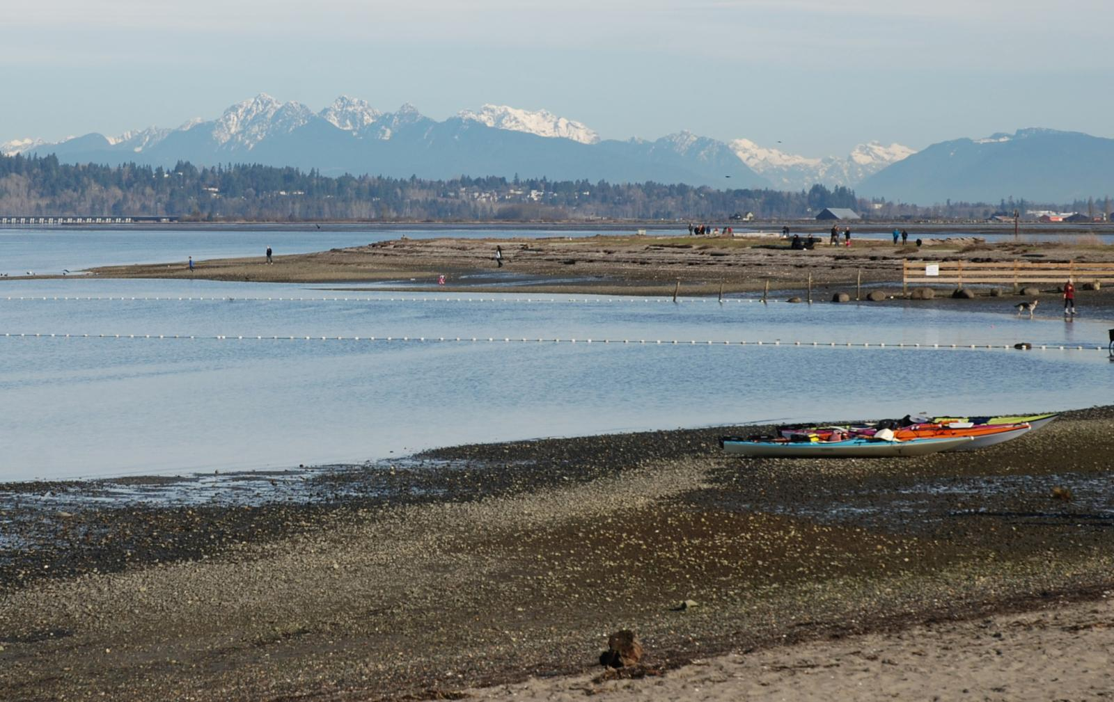 Слика од Blackie Spit and Crescent Beach, South Surrey, BC.