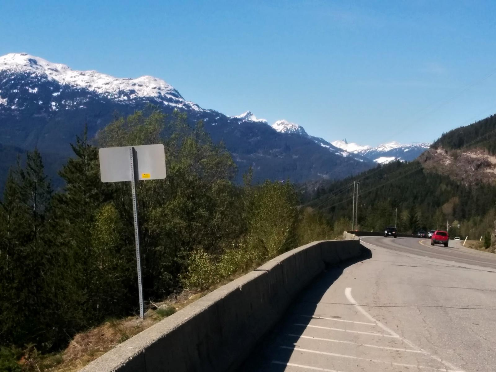 Foto de Whistler to Squamish, BC, including off-highway STS from 'Function Junction' to Brandywine