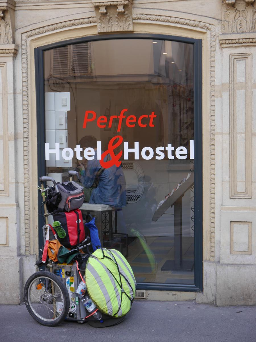 Photo of 00.Perfect Hostel & Hotel