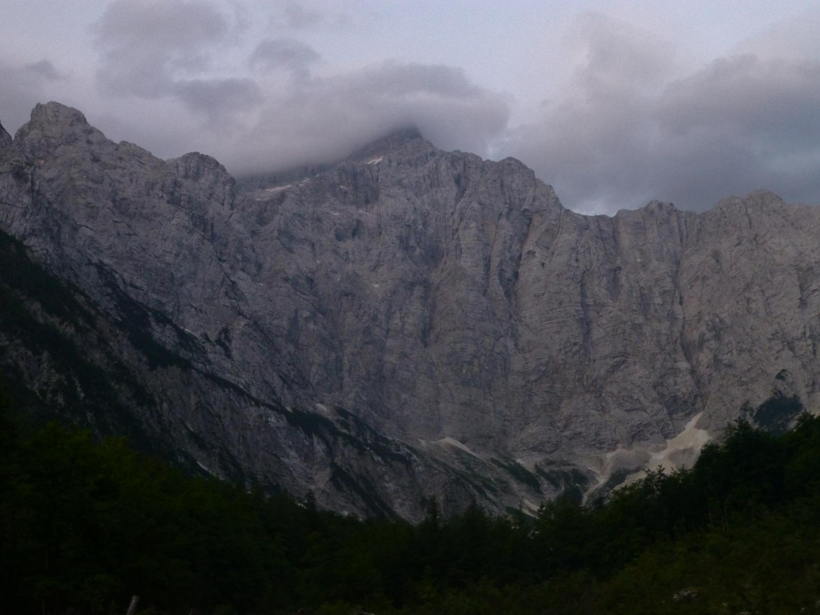 Photo of Triglav (2864m). Por el Valle de Vrata: Ascenso por Ruta 'Tominškova'-Descenso por Ruta 'Prag.'