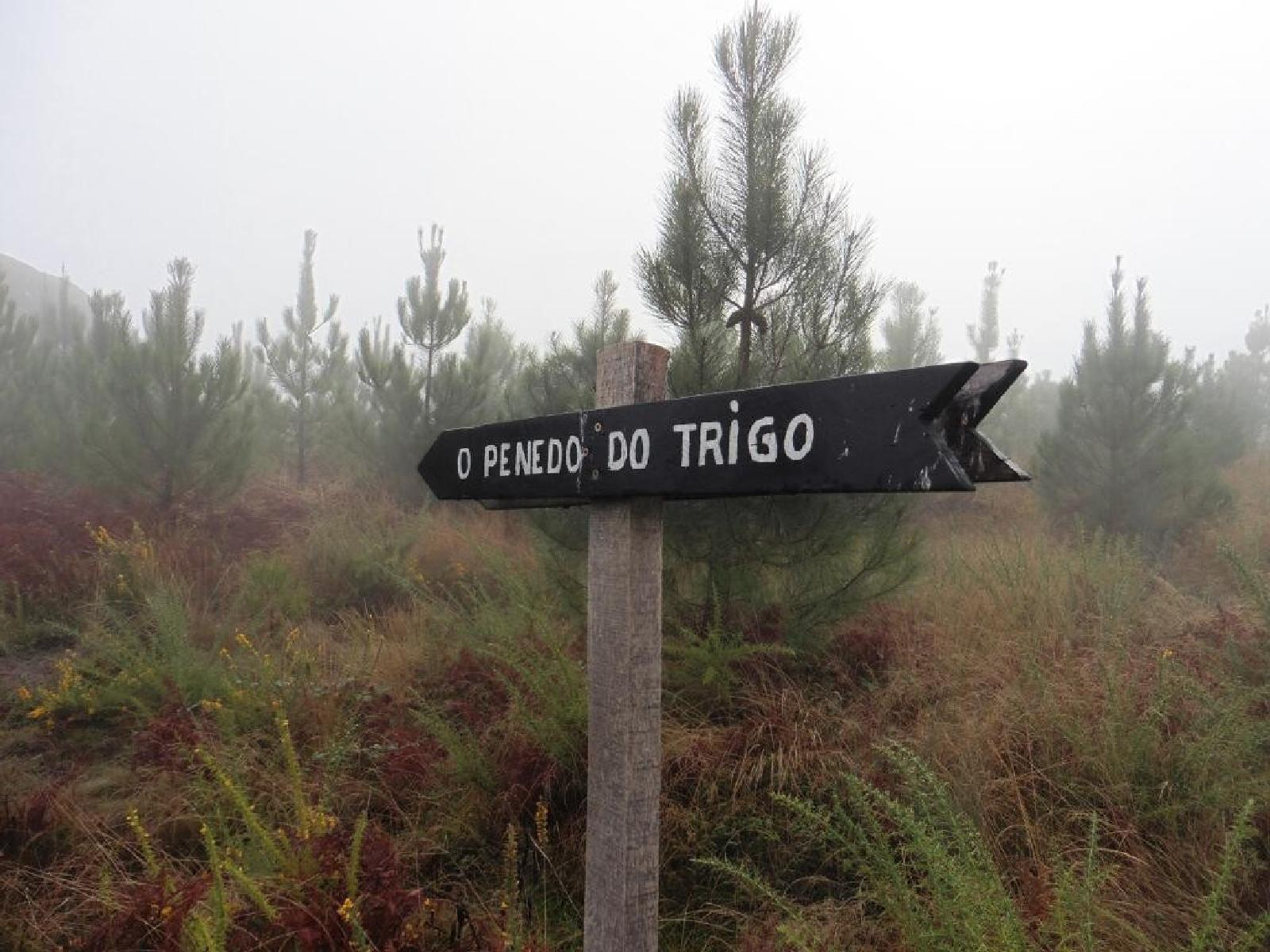 Photo of Penedo do Trigo y otros